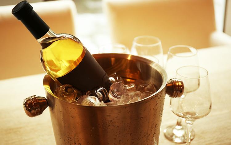 ワインをおいしく飲むために